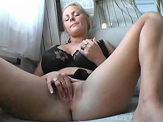 Girl Toys For A While And Then Sucks His Cock